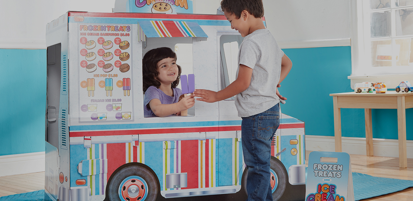 New! Food Truck Playhouse