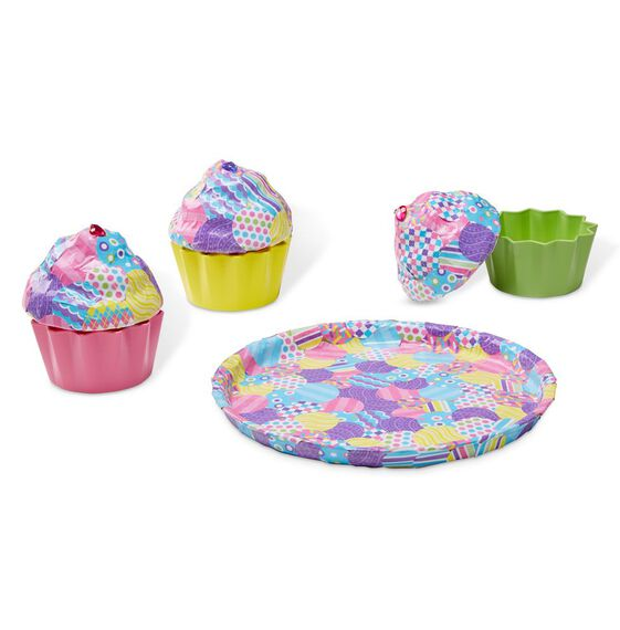 decoupage cupcakes and plate